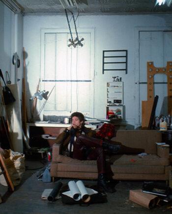 galerie-ahlers-albert-schoepflin-07-Robert-Mapplethorpe-in-his-Atelier