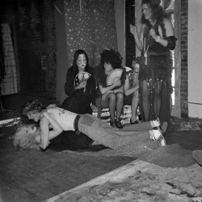 galerie-ahlers-albert-schoepflin-39-Party-Life