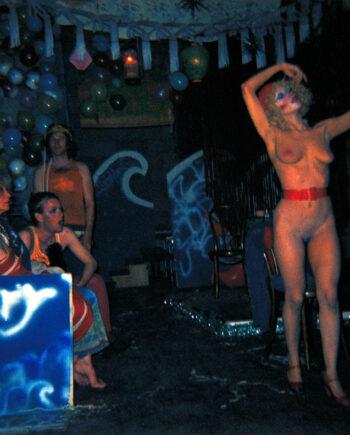 galerie-ahlers-albert-schoepflin-47-Warhol-Crowd-4