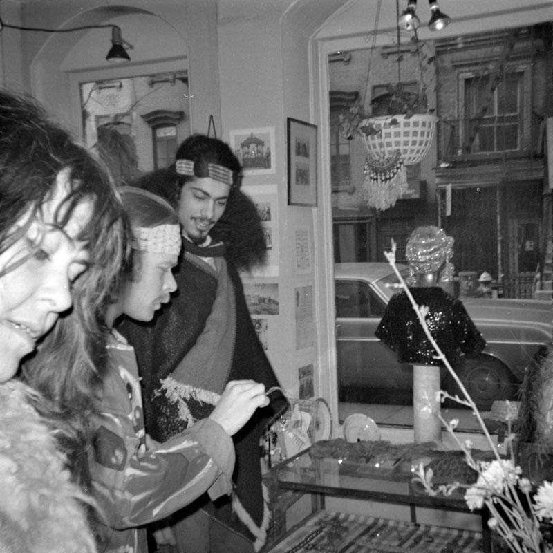 galerie-ahlers-albert-schoepflin-61-Hippies