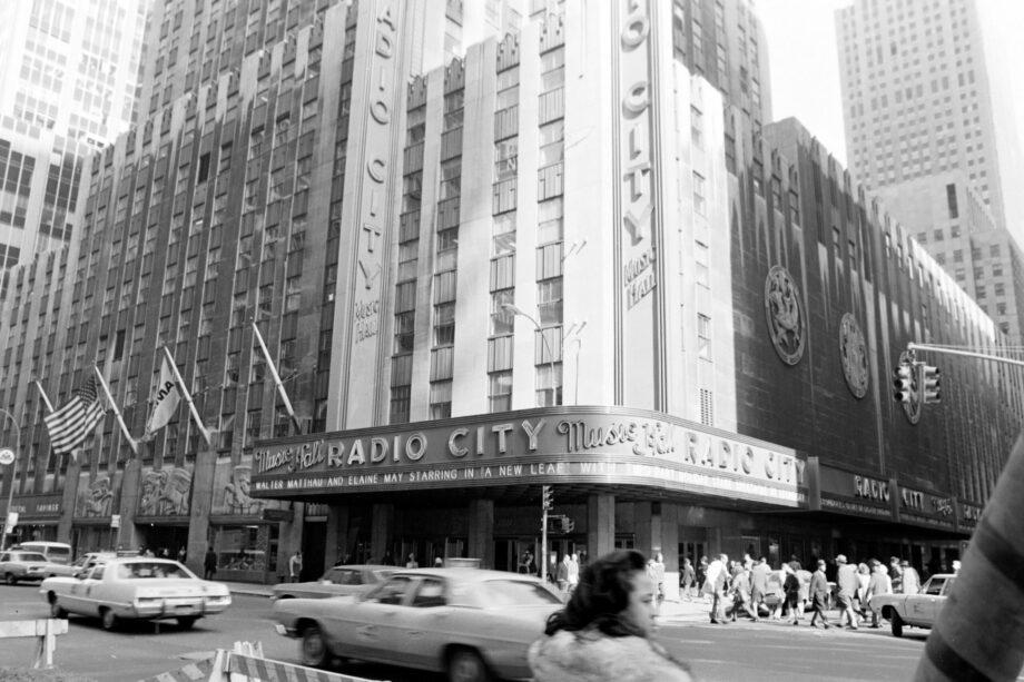 galerie-ahlers-albert-schoepflin-new-york-chelsea-hotel-radio-city-hall-2020