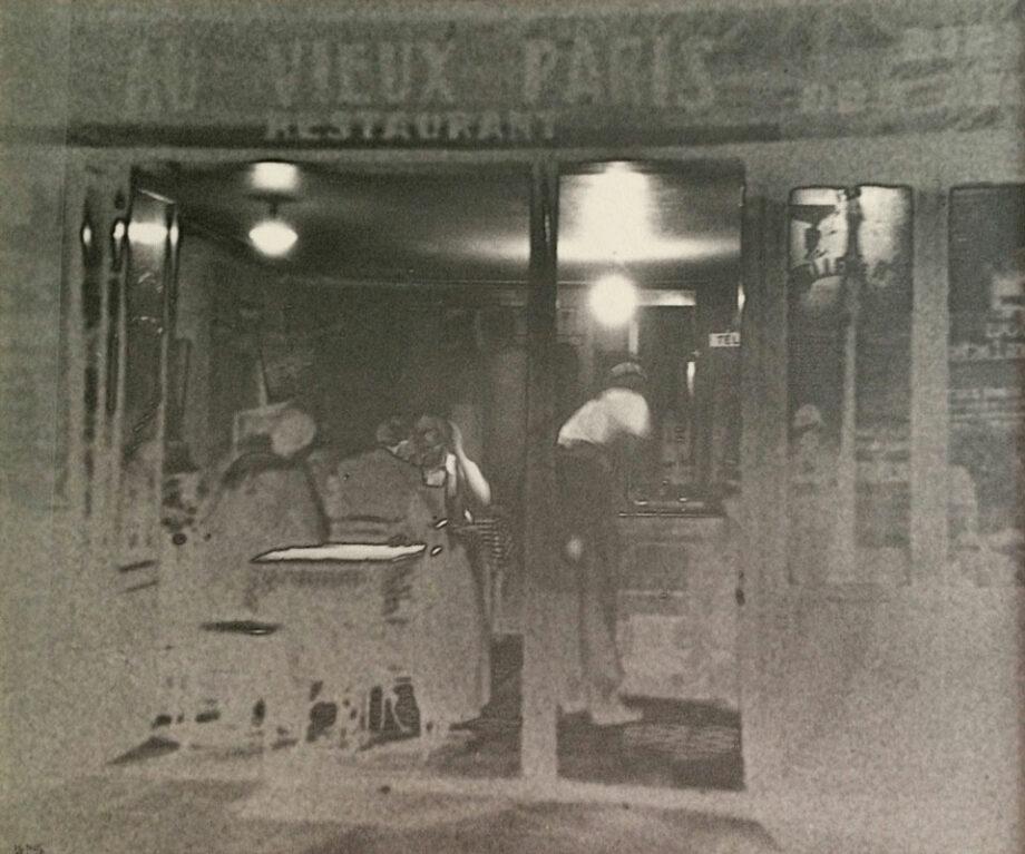 galerie-ahlers-fotografie-ilse-bing-Au-Vieux-Paris,-négartif-solarisé